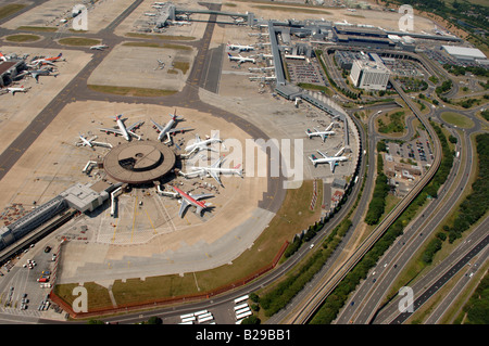 Gatwick Airport Date 12 03 2008 Ref ZB648 111149 0038 COMPULSORY CREDIT World Pictures Photoshot - Stock Photo