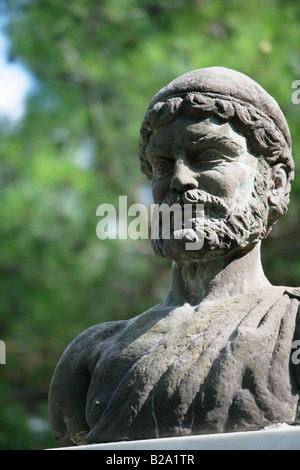 oddyseus as a hero Following the previous topic, we now touch on one of the most controversial questions that the odyssey leaves its readers with is the man odysseus, the hero of this poem, actually the ideal of the greek hero in the ancient world.