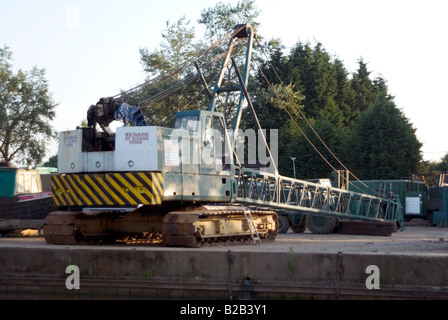 Crane accident on 23 July 2008 at Willowbridge Marina Stoke Road Bletchley Milton Keynes MK2 3JZ on the Grand Union - Stock Photo