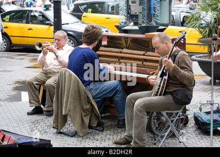 Street performer on La Rambla Barcelona Spain May 2008 - Stock Photo