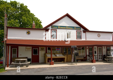 Old Mission General Store near Traverse City Michigan - Stock Photo