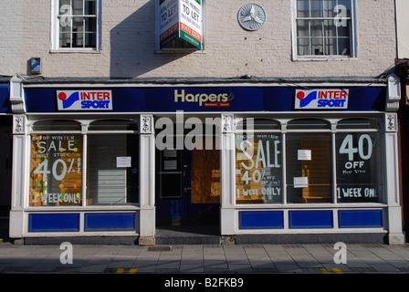 Closed down retail premises in Ipswich, Suffolk, UK. - Stock Photo