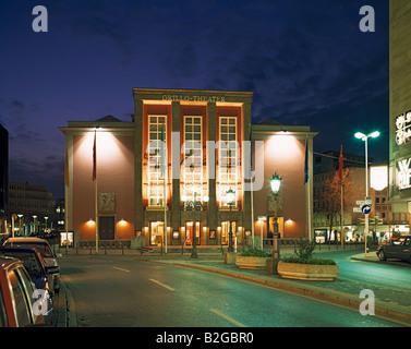 Stadttheater, Grillo-Theater bei Nacht, Essen, Ruhrgebiet, NRW - Stock Photo