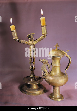 habitation, lamps, candlestick and beak flagon, brass, south Germany, circa 1500, Additional-Rights-Clearances-NA - Stock Photo