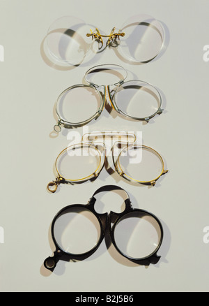 medicine, ophthalmology, glasses, four pince-nez with steel springs, circa 1900, Additional-Rights-Clearances-NA - Stock Photo