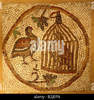 fine arts, Middle Ages, Jordan, mosaic, captured and free partridge, 70 cm x 70 cm, Jerash, Church of Elias, Mary - Stock Photo
