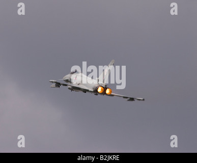 Royal Air Force Eurofighter EF 2000 Typhoon F2 displaying at the Farnborough Airshow 2008 - Stock Photo