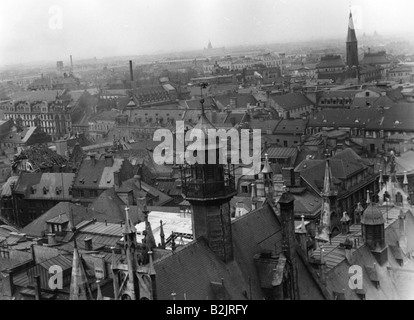 geography/travel, Germany, Munich, view over Old Town from New Town Hall, circa 1943, - Stock Photo