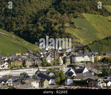 geography / travel, Germany, Rhineland-Palatinate, Bernkastel Kues, city views / cityscapes, view from Moselle River, - Stock Photo