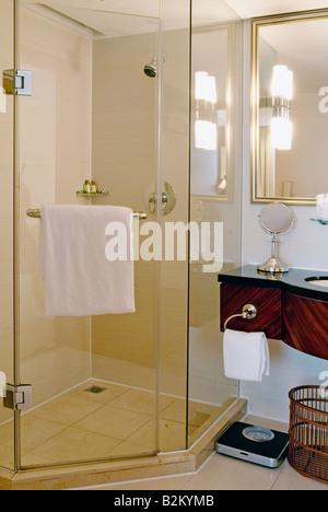 Hotel Room Bathroom, Lakeview Xuanwu Hotel, Nanjing, China - Stock Photo