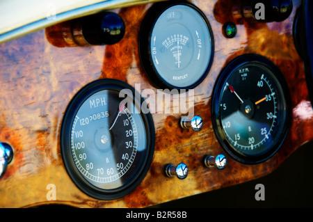 Wooden dash in a vintage Bentley motor car - Stock Photo