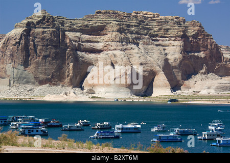 Pleasure boats on Lake Powell 3 - Stock Photo
