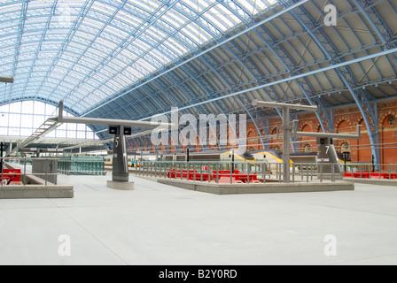 Eurostar platforms, St.Pancras International Station, Euston Road, Camden Borough, Greater London, England, United - Stock Photo