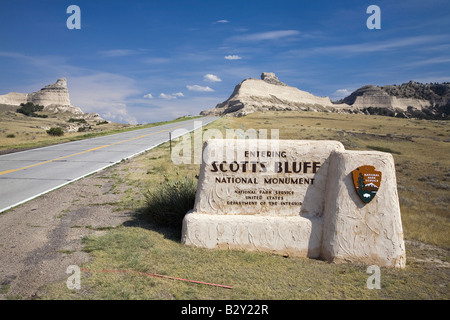 Welcome sign for Scotts Bluff National Monument, a site on the Oregon Trail, Scottsbluff, Nebraska - Stock Photo