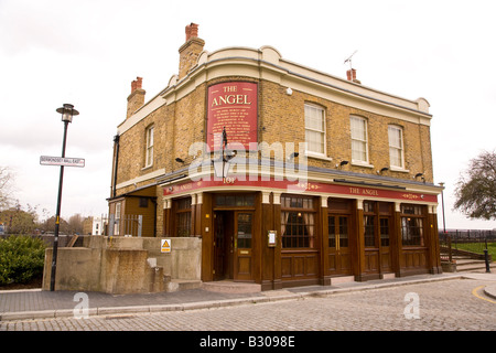 The Angel, Bermondsey Wall, Rotherhide, London, on the south bank of the Thames, Borough of Southwark. - Stock Photo