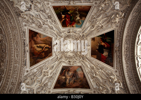 Austria: Salzburg: Cathedral - Stock Photo