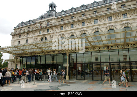 The exterior of the Musee d'Orsay, Paris, France - Stock Photo