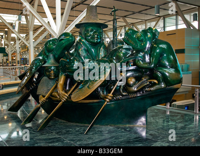 The Spirit of Haida Gwaii, sculpture by Bill Reid, at Vancouver International Airport, Canada - Stock Photo