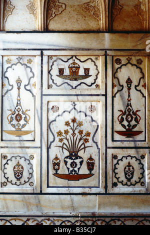 detail of pietra dura, tomb of Itimad al-Daula and Asmat Begum, Agra, India - Stock Photo