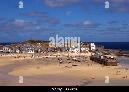 The popular seaside resort of St Ives on a balmy summers day - Stock Photo
