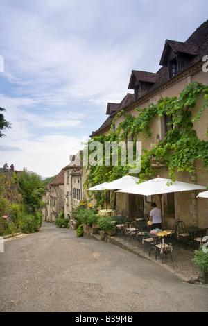 Historic clifftop village tourist attraction, St Cirq Lapopie, 46, Lot, Midi Pyrenees, France, Europe - Stock Photo