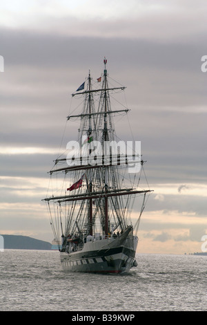 The Prince William, Historic sailing ship,entering Barry Docks, Glamorgan, South Wales, UK - Stock Photo