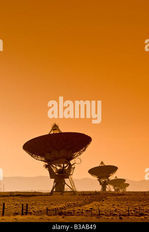 USA, New Mexico, VLA (Very Large Array) of the National Radio Astronomy Observatory - Stock Photo
