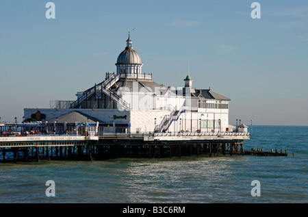 England, East Sussex, Eastbourne. Eastbourne Pier is a seaside pleasure pier in on the south coast of England. - Stock Photo