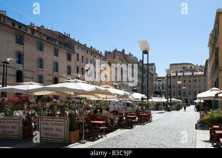 Outdoor bar and restaurant in the cours saleya in nice - Cours de cuisine marseille vieux port ...