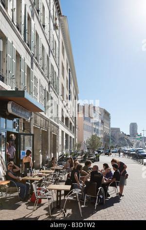 Harbourfront Cafe Bar on the Quai de Rive in the Vieux Port, Marseille, Cote d' Azur, France - Stock Photo