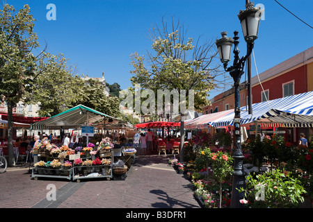 Flower stalls in the Marche aux Fleurs, Cours Saleya in the old town (Vieux Nice), Nice, Cote d'Azur, French Riviera, - Stock Photo