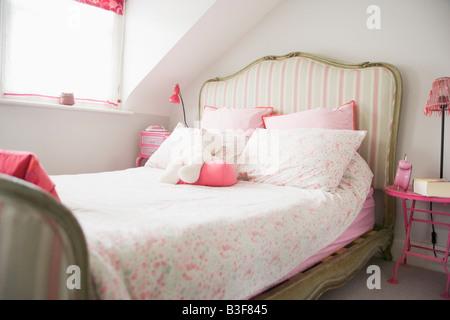 Empty bedroom - Stock Photo