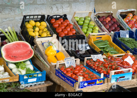 fresh fruit and vegetables on sale in boxes in Italy - Stock Photo