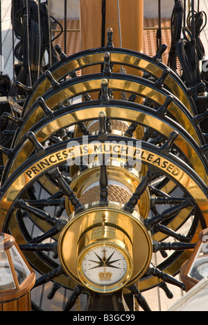 Wheel stearing gear on the iron clad warship HMS Warrior in Portsmouth dockyard - Stock Photo