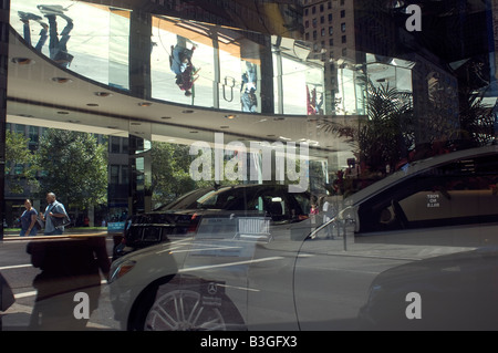 Mercedes Benz showroom on Park Avenue in New York - Stock Photo