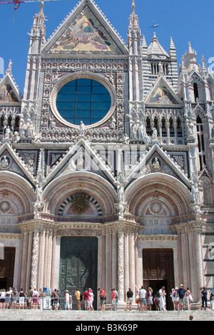 Duomo (Cathedral), Siena, UNESCO World Heritage site, Tuscany, Italy, Europe - Stock Photo