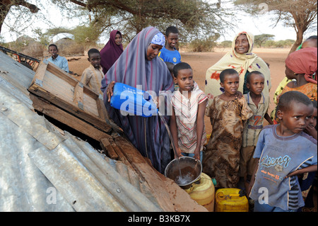 At Belet Amin, a camp for internally displaced Somalis. The camp was set up for people fleeing the fighting in Somalia - Stock Photo
