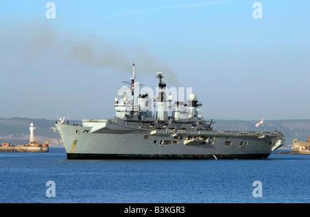 Royal Navy 'Aircraft Carrier' HMS Illustrious Stock Photo