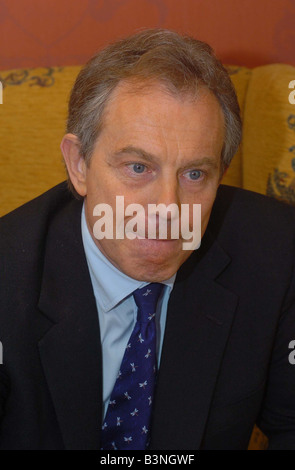 Nigel Nelson interviews the Prime Minister Tony Blair April 2005 - Stock Photo