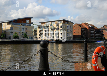 ... View Of Modern Riverside Apartments In Kingston Upon Thames, Surrey.    Stock