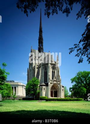 HEINZ MEMORIAL CHAPEL, UNIVERSITY OF PITTSBURGH; FRENCH GOTHIC ARCHITECTURE, PITTSBURGH, PENNSYLVANIA - Stock Photo