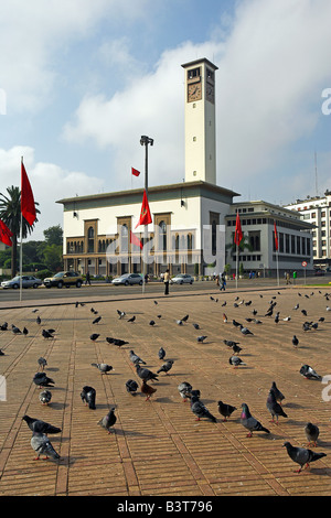 Morocco, Maghreb, Casablanca. The Ancienne Prefecture (Old Police Station) on Place Mohammed V. Designed in 1930 - Stock Photo