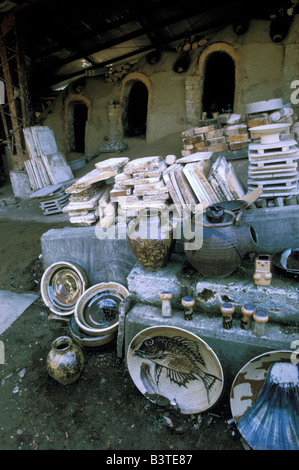 Japan, Mashiko. Famed Mashiko folk pottery and kiln. - Stock Photo