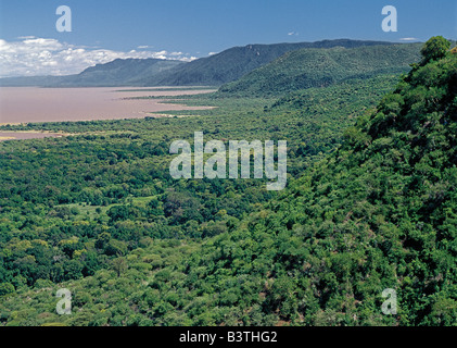 Tanzania, Arusha Region, Lake Manyara. A section of the western wall of the Gregory Rift (a part of the eastern - Stock Photo