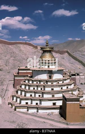 Tibet, Gyantse. Palkhor Monastery. - Stock Photo