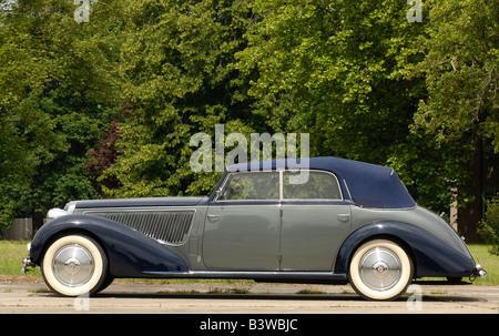 Lancia Astura Convertible 1938 - Stock Photo