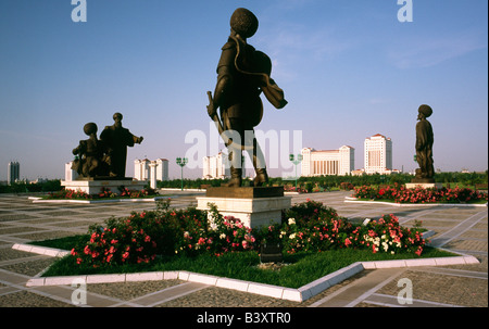 May 9, 2006 - Statues of Turkmen warriors at Independence Park in Berzengi district of the Turkmen capital of Ashgabat. - Stock Photo