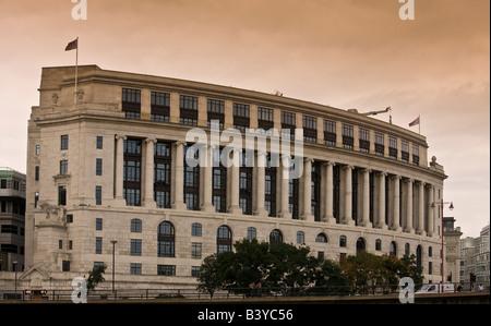 Unilever House, Blackfriars, London, UK - Stock Photo