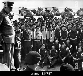 events, Second World War / WWII, North Africa, Egypt, Prime Minister Sir Winston Churchill visiting British troops, - Stock Photo