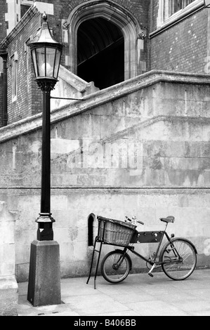Lamppost and old bicycle, London, UK - Stock Photo